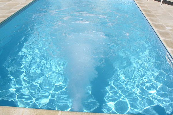 Nage contre courant piscines dugain troyes for Piscine contre courant