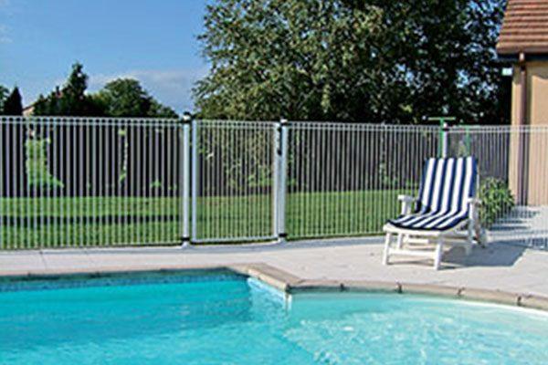 S curit pour votre piscine piscines dugain troyes - Verre pile piscine ...